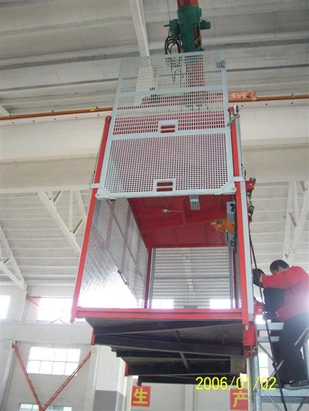 Sliding Door Construction Hoist Elevator Easy To Move CE ISO GOST